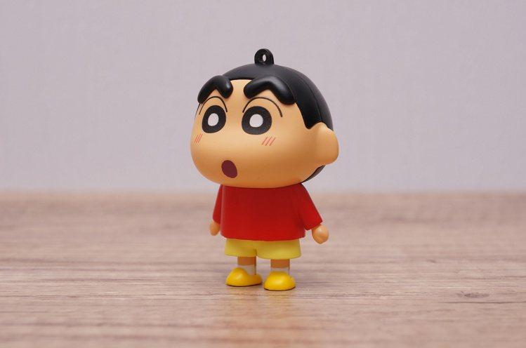 愛金卡公司推出首款卡通人物造型「蠟筆小新icash2.0」公仔鑰匙圈,外型小巧可...