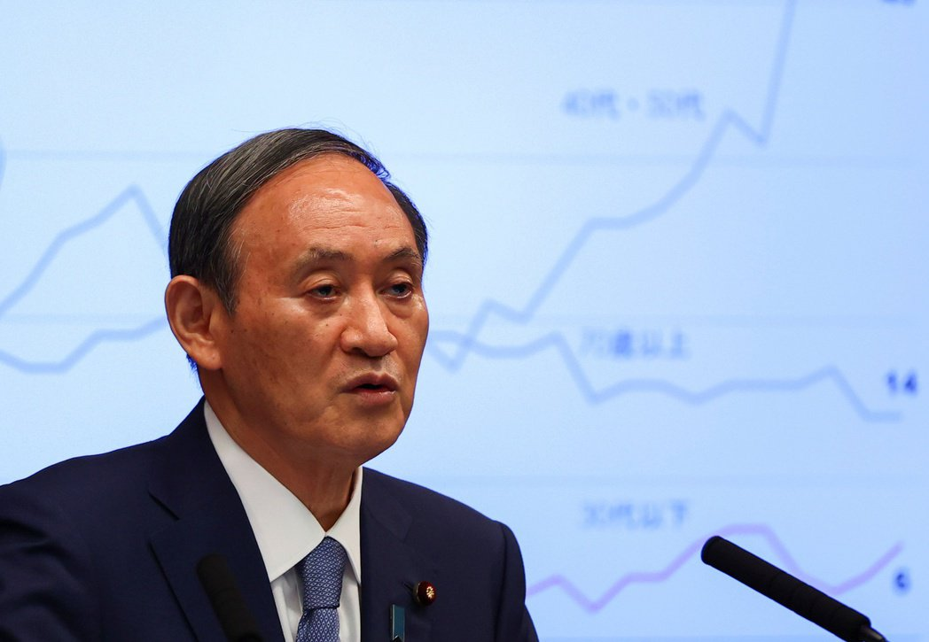 日相菅義偉30日呼籲民眾對疫情高度警惕,並希望這是最後一次調整緊急事態宣言。路透