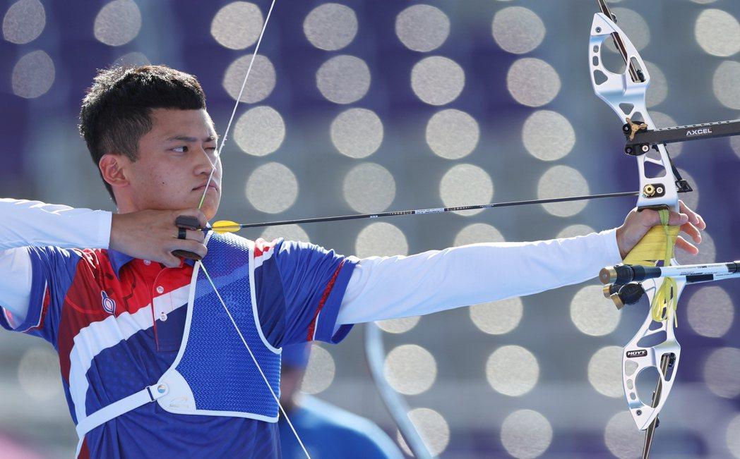 中華射箭男將「湯包」湯智鈞在東京奧運男子個人賽進入銅牌戰。特派記者余承翰/東京攝