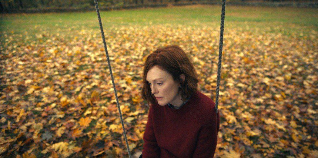 茱莉安摩爾近期才在APPLE TV+推出奇幻浪漫影集「莉西的人生異旅」。圖/AP...