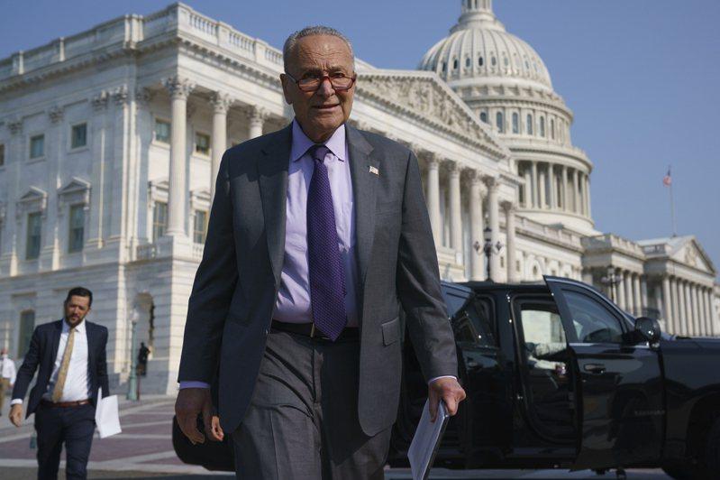 圖為美國聯邦參議院民主黨領袖舒默(Chuck Schumer)。 美聯社