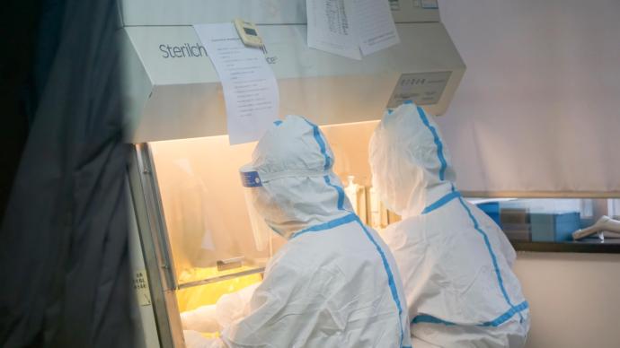 江蘇揚州今展開第二輪核酸檢測,河南鄭州則展開大排查。澎湃新聞