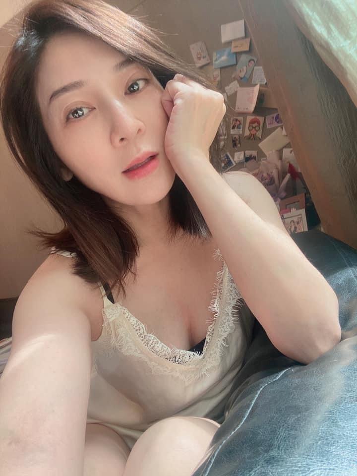 王彩樺秀辣照,網友讚「噴鼻血了」。圖/摘自臉書