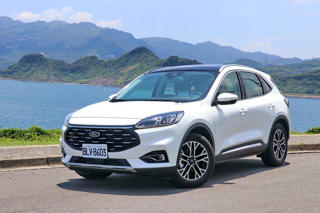 Ford Kuga EcoBoost 180旗艦X。 記者陳威任/攝影