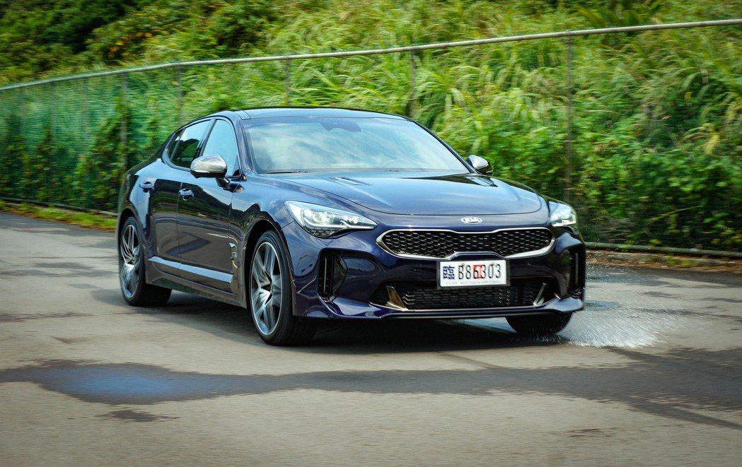 穩定的底盤加上AWD與V6渦輪強勁的動力,Stinger在性能表現上十分出色。 ...