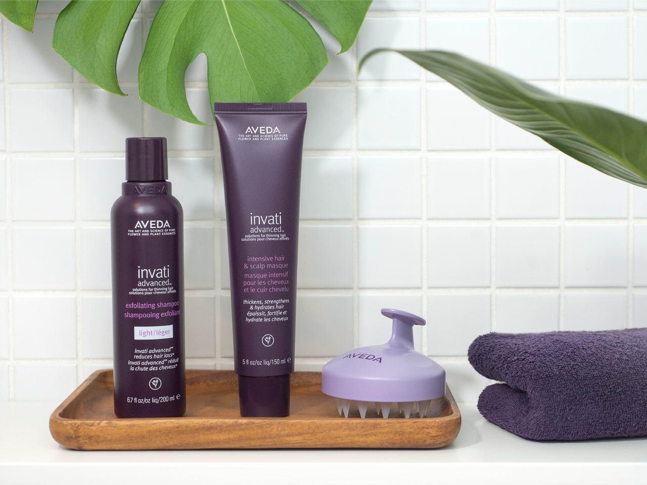 AVEDA蘊活菁華更新洗髮精、蘊活菁華髮根強韌膜。 圖/AVEDA提供