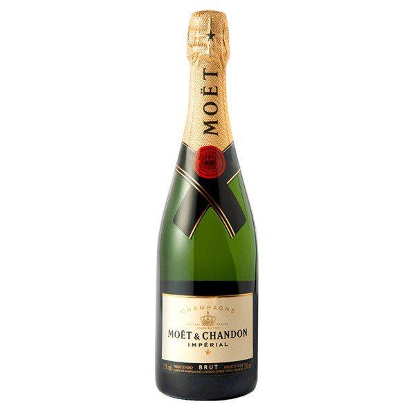 酒標上的「BRUT」,代表這瓶香檳是不甜的香檳。 圖/酩悅軒尼詩提供
