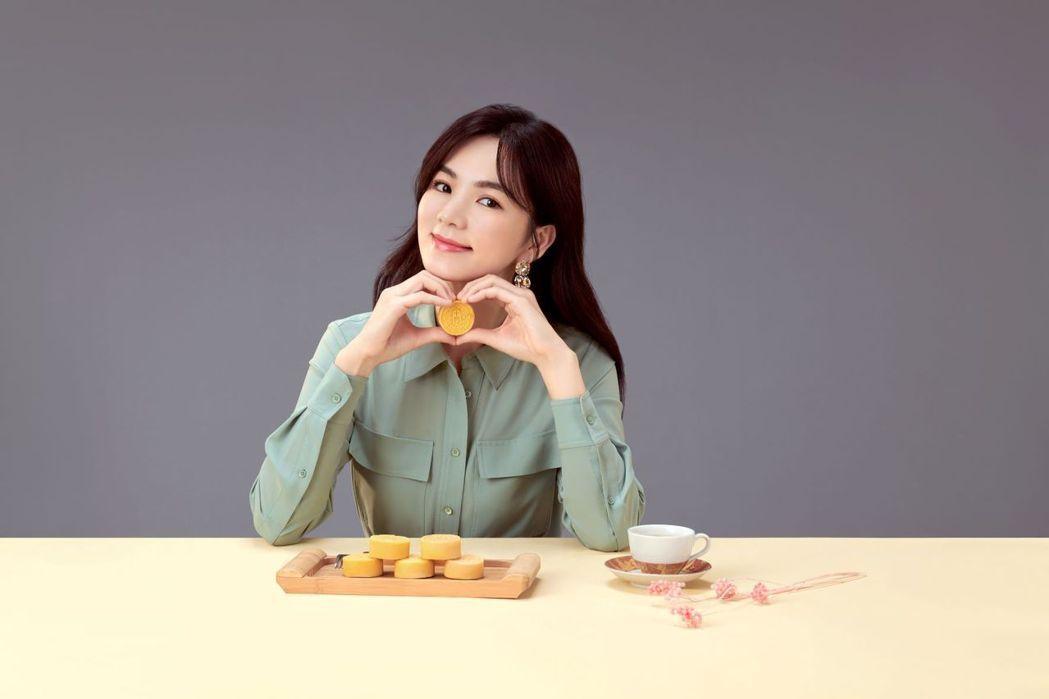 Ella陳嘉樺擔任十得私廚代言人。