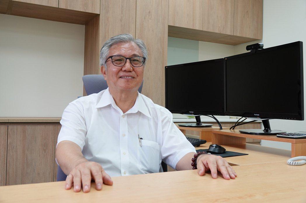 校務總顧問李俊璋自8月1日起升任副校長。 成大/提供