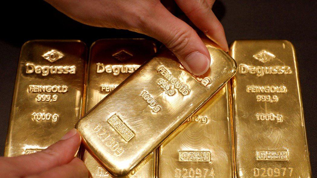 一年前黃金價格漲到歷史最高點,如今這種貴金屬行情卻欲振乏力。但有分析師認為,一場...