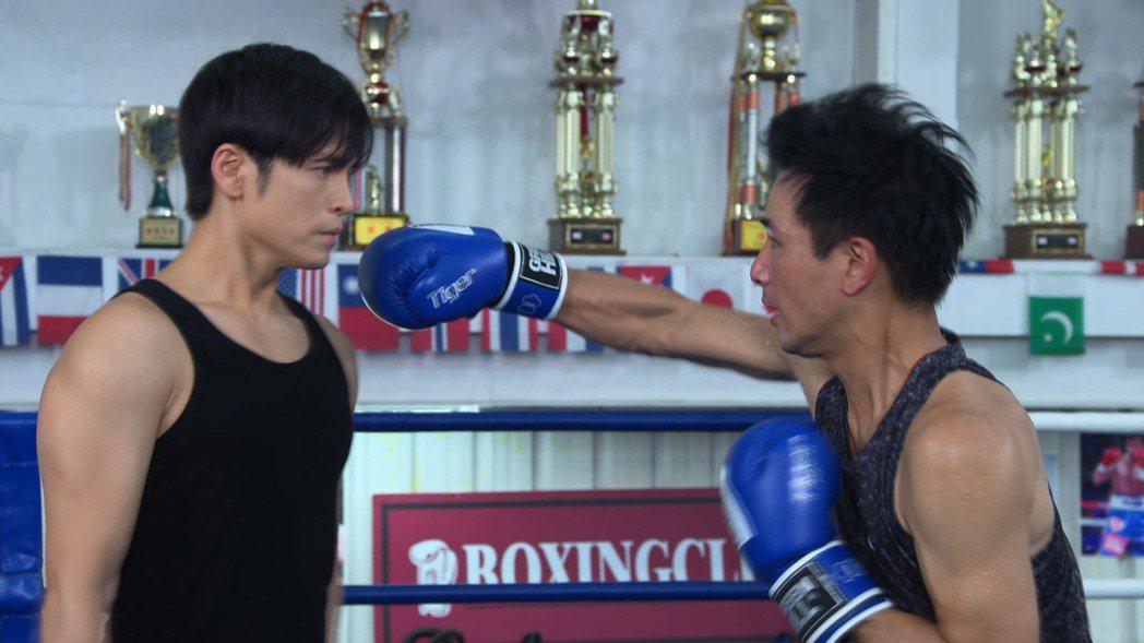 傅子純(右)、Gino為戲打拳擊。圖/民視提供