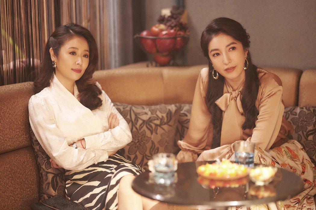 林心如(左)、楊謹華演出「華燈初上」,為維持曼妙體態,拍戲期間克制飲食。圖/Ne