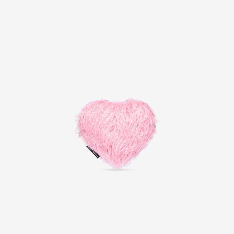 心型仿毛手拿包,28,700元。圖/BALENCIAGA提供