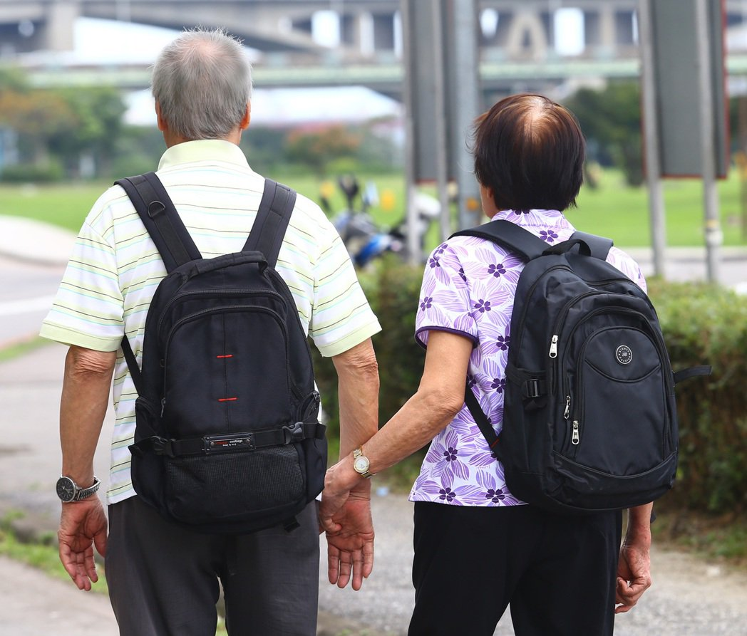 防範高齡金融剝削,金管會祭五措施。(本報系資料庫)