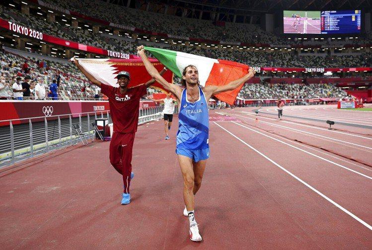 男子跳高決賽義大利坦貝里(Gianmarco Tamberi)、卡達巴爾希姆(M...