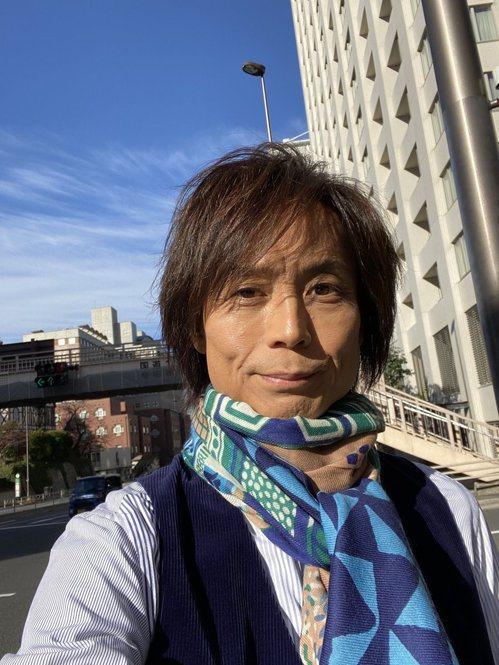 淳君本人,2016 年他旅居夏威夷,並不定時回日本舉辦活動。因喉癌摘除聲帶,後來...