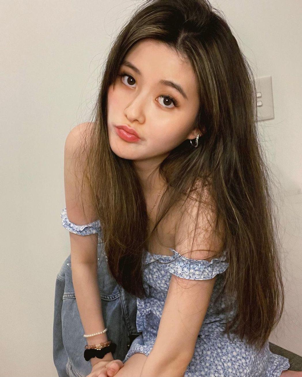 孫芸芸女兒擁有一雙迷人大眼睛。圖/擷自IG