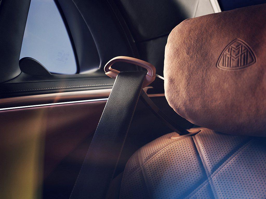 Mercedes-Maybach S 580 4MATIC首次推出後座安全帶推送...
