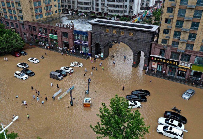 因為不滿對於河南洪災的相關報導,大陸政府槓上BBC,稱BBC河南暴雨的新聞報導歪曲事實。新華社