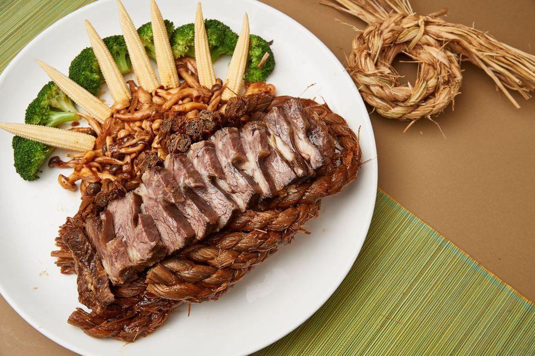 經典功夫粵菜「西施稻草牛」。