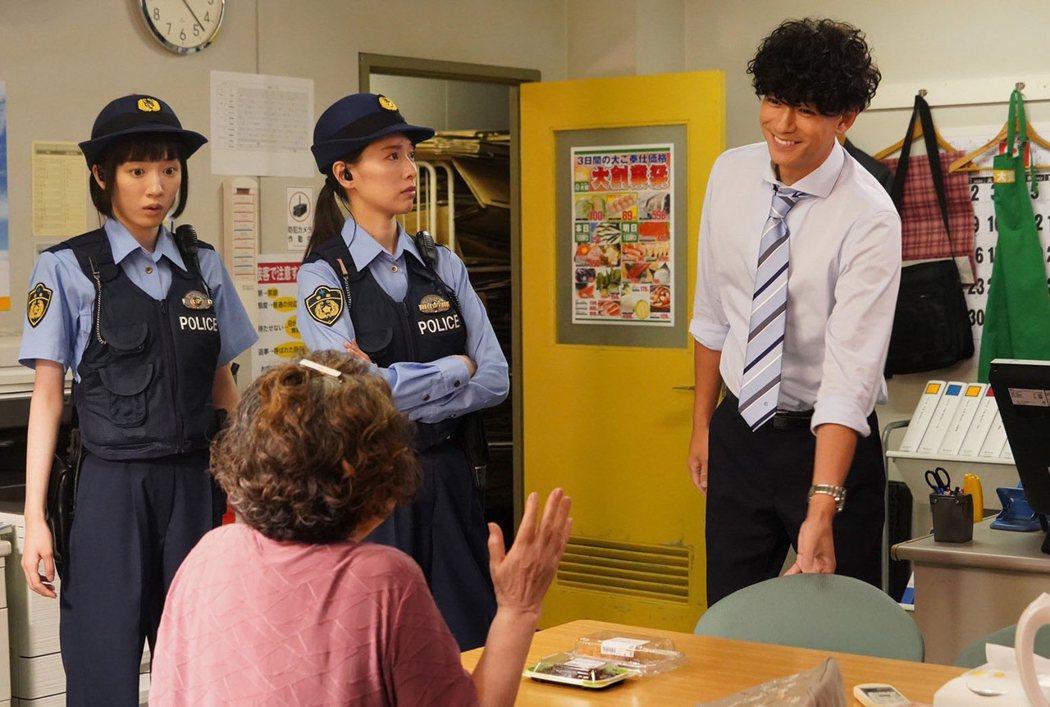 圖片來源:《秘密內幕-女警的反擊-》推特。