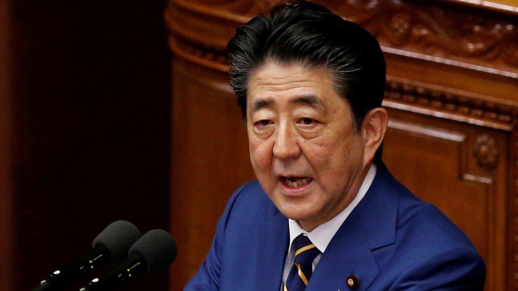 安倍晉三上周在一場由美、日、台國會議員參與的視訊會議上表示,日本不能讓發生在香港...