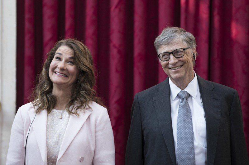 比爾蓋茲和梅琳達蓋茲2日經法官批准後「正式離婚」,為兩人多年婚姻畫上句號。美聯社
