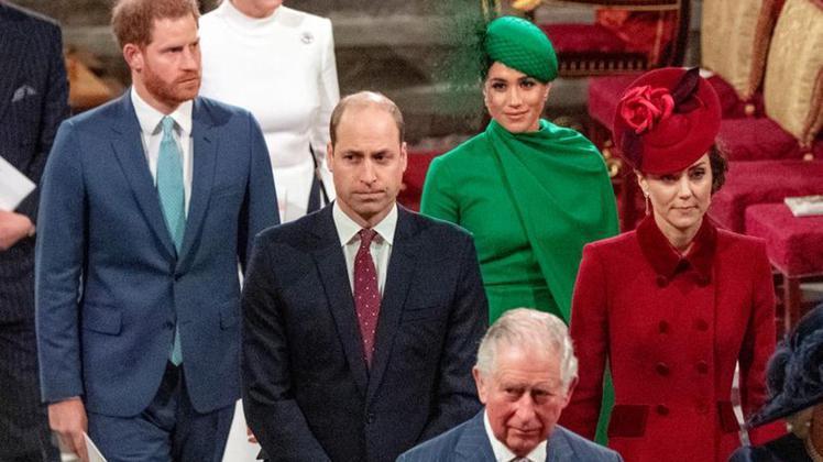梅根(右二)比英皇室所有人都聰明,因此被大家討厭?(路透資料照片)