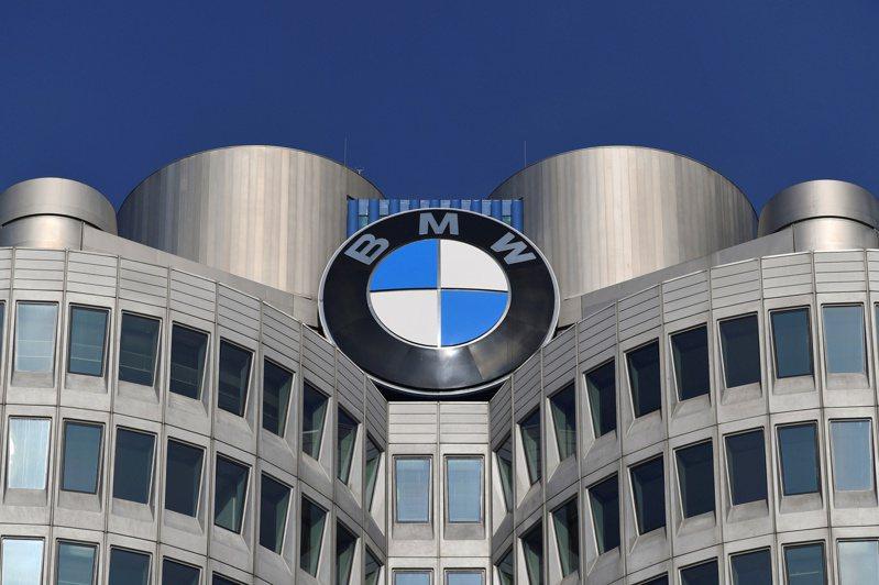 BMW上季财报优于预期  警告晶片荒威胁前景