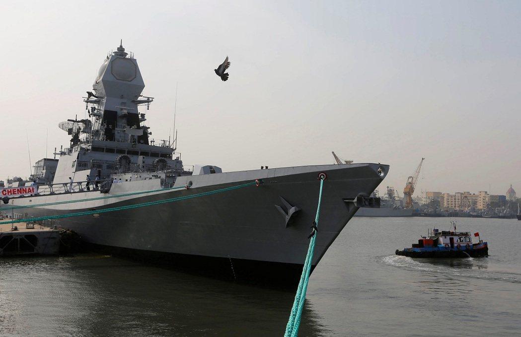 印度海軍飛彈驅逐艦「清奈號」(INS Chennai),攝於2016年。路透