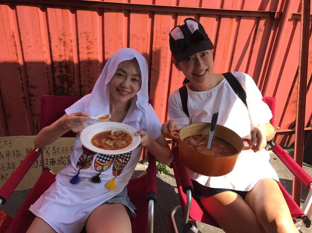 賈永婕與小S。 圖/擷自賈永婕臉書