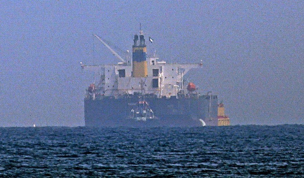 美軍方面強調,除了美世大街號船上受損部位的絕對證據外,在攻擊前的幾個小時,油輪船...
