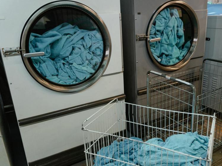 洗衣服的水溫,得要看材質而定。圖/摘自Pelexs