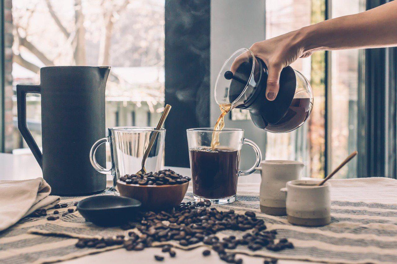 咖啡因除了能刺激交感神經興奮來幫助提神,同時還有利尿、紓壓等作用。 圖/pexe...