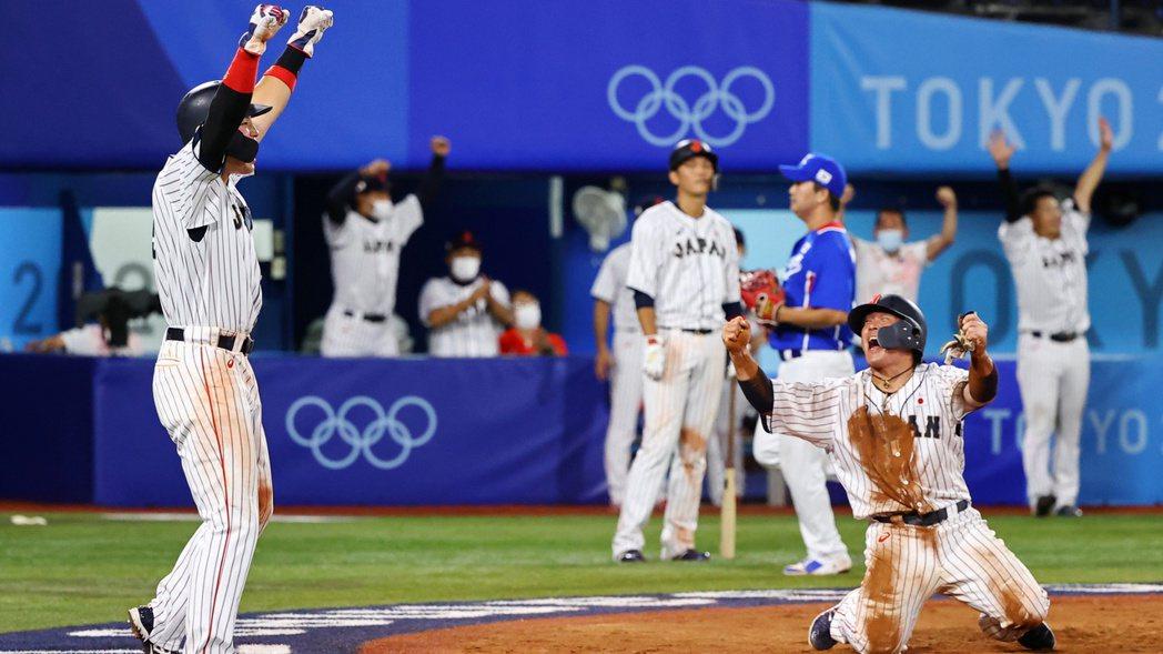 東京奧運棒球準決賽演出日韓大戰,勝者就進金牌戰,日本隊靠著山田哲人8局下的清壘打