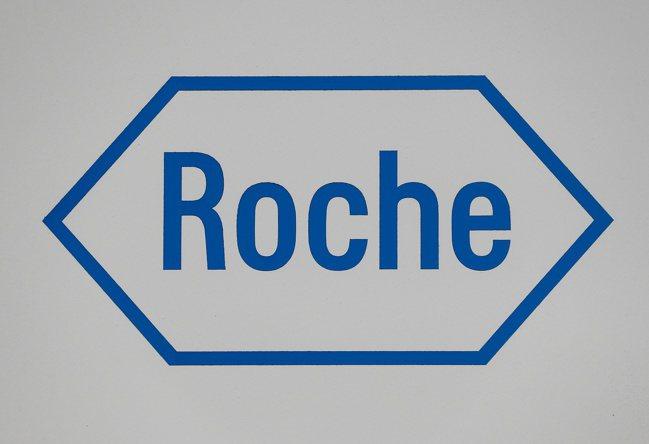 軟銀認為羅氏藥廠以數據來研發藥物的基因科技部門被嚴重低估了。路透