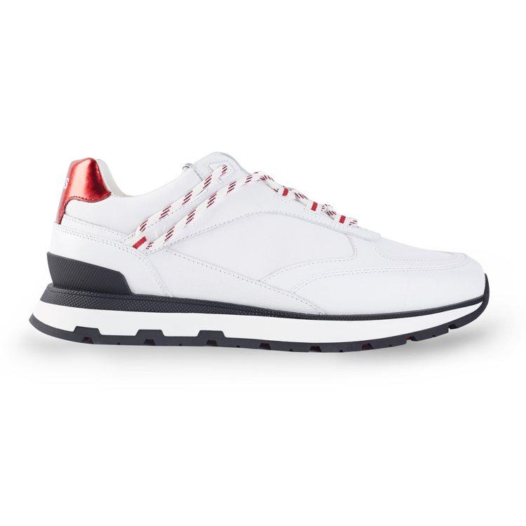 七夕限定系列白色球鞋(男款),13,400元。圖/BOSS提供