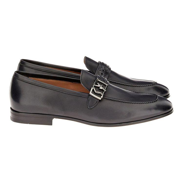 NAIROBI黑色小牛皮樂福鞋,28,900元。圖/Salvatore Ferr...