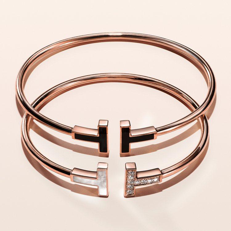 Tiffany T Wire系列18K玫瑰金鑲黑色縞瑪瑙手環,74,000元;1...