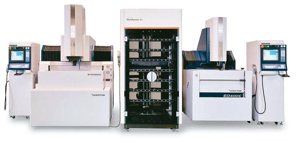 精呈科技放電加工機ED400C+ED600C+3R工件倉儲系統整合。精呈科技/...