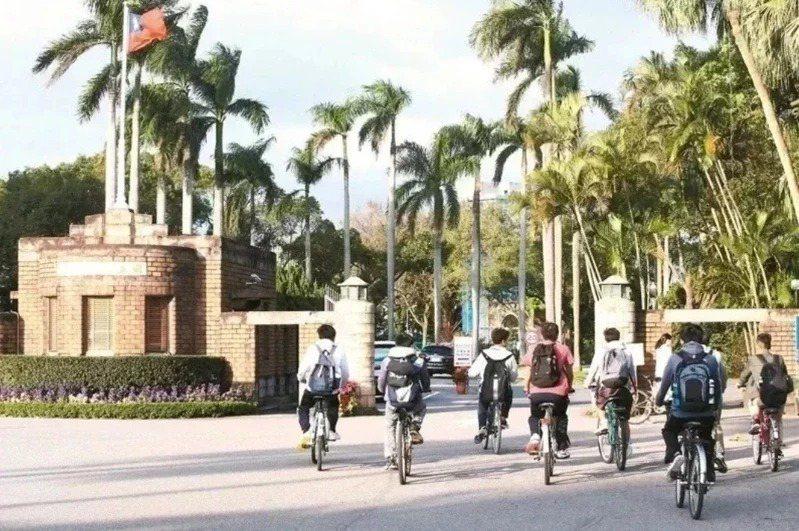台灣大學公衛系今年考試分發首度新增B組,採計國文、英文、數乙和公民與社會,鎖定社會組考生。本報資料照片