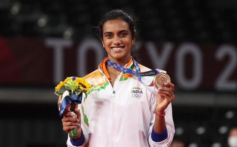 印度羽球運動員辛度(Pusarla Venkata Sindhu)在東奧奪下羽球女單銅牌。Pvsindhu Twitter
