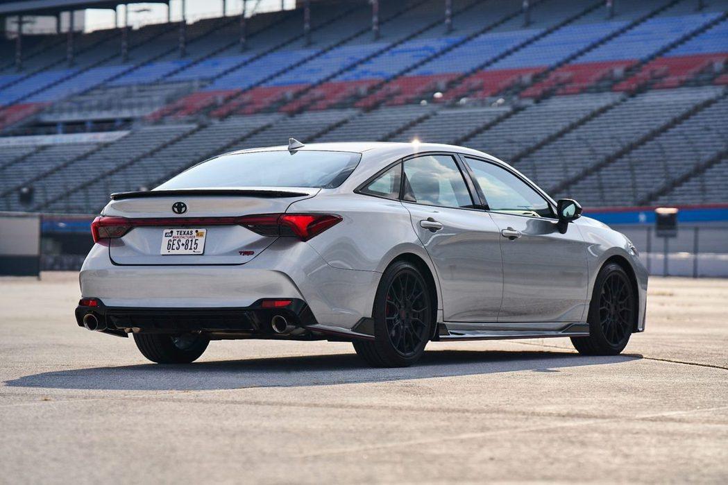 Toyota雖然推出Avalon TRD,但並未獲得美國消費者的青睞。 摘自To...