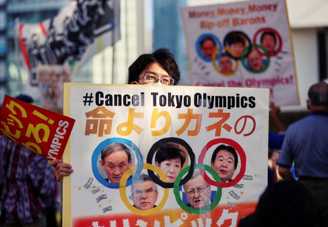 雖然奧運正式開幕後,日本國民對主辦的整體情緒,快速地轉趨樂觀肯定;但現實壓力會否...
