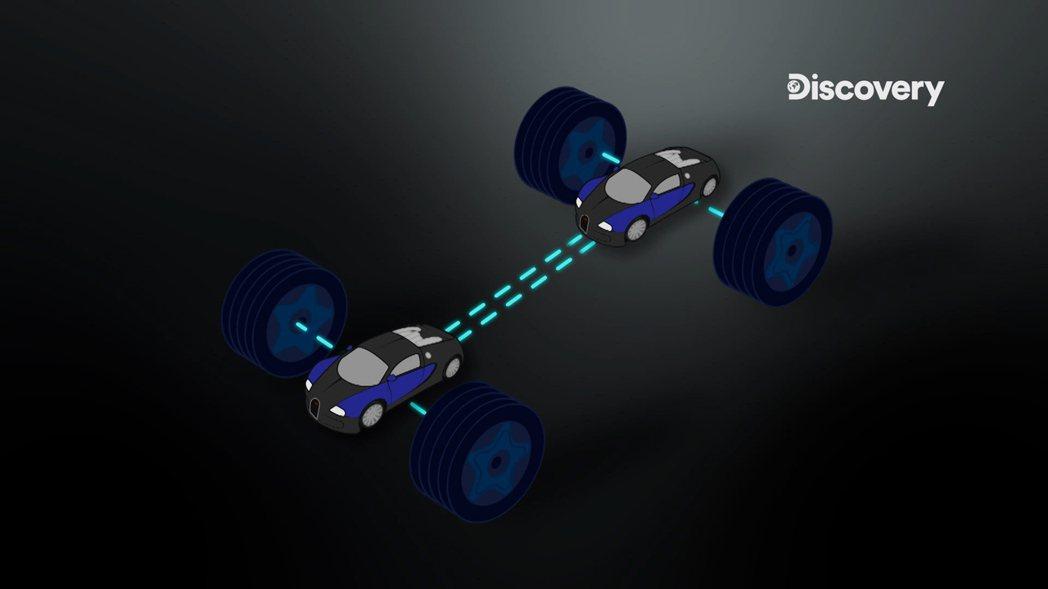 Lotus為Evija的前後軸各配置了兩具電動馬達,每具擁有500匹 (PS) ...