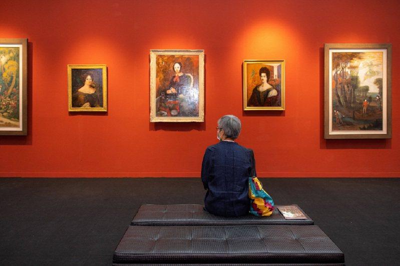 《ART TAIPEI 台北國際藝術博覽會》KLOOK獨家售票,早鳥購票優惠只要300元,優惠只到8月14日。 圖/KLOOK提供