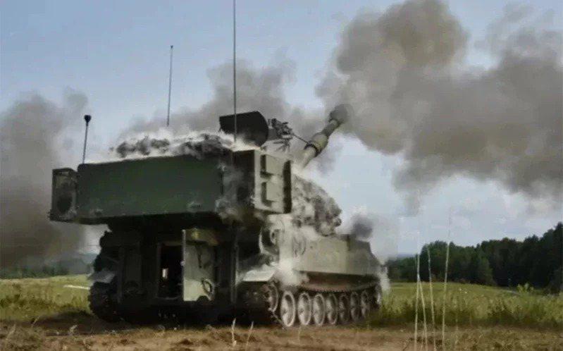 美國國防安全合作局(DSCA)4日表示,國務院批准售台40門M109A6自走砲(...
