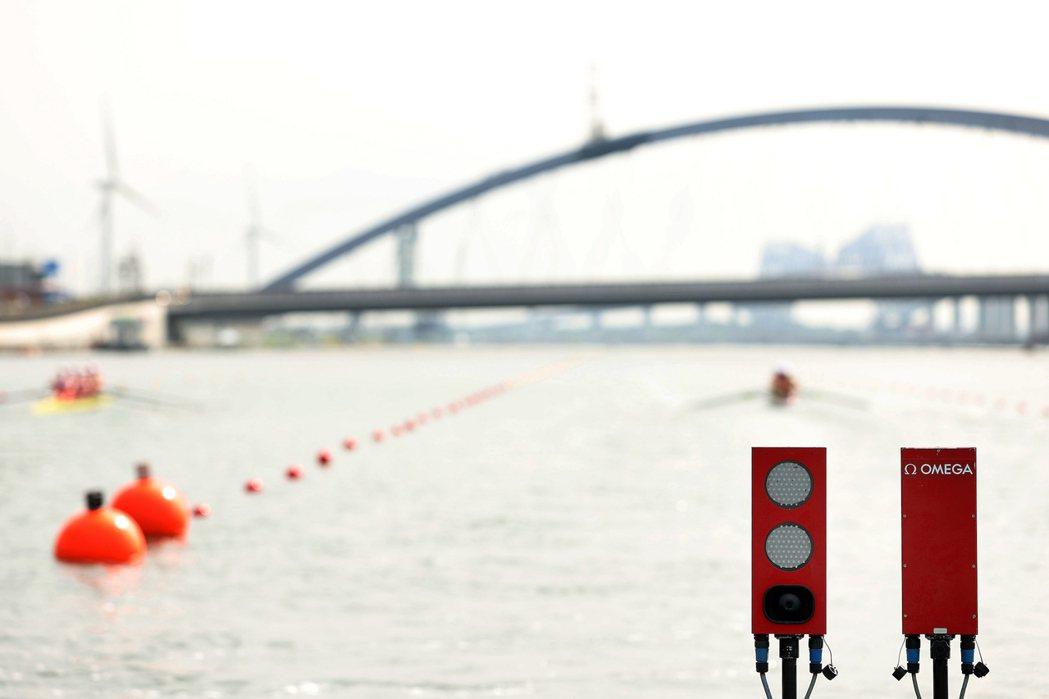 划船項目中以聲音、光線同時傳送比賽開始訊號的裝置,提升比賽時的公平性。圖 / O...