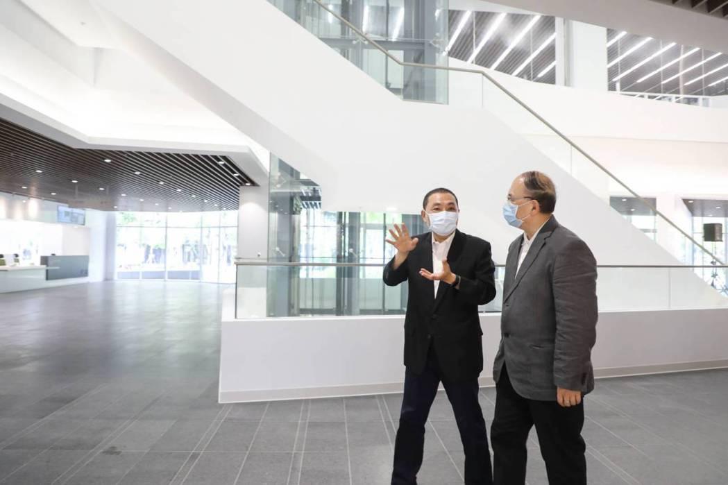 國家電影中心於今年4月底完工,新北市政府今天舉辦國家電影中心完工視察暨交棒感恩活...