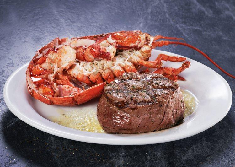 美國菲力牛排搭配半份新鮮活龍蝦。圖/茹絲葵牛排館提供。